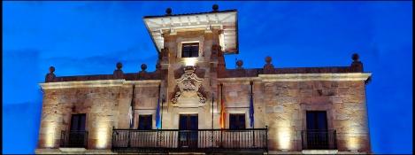 Ayuntamiento de Colunga, Alfredo