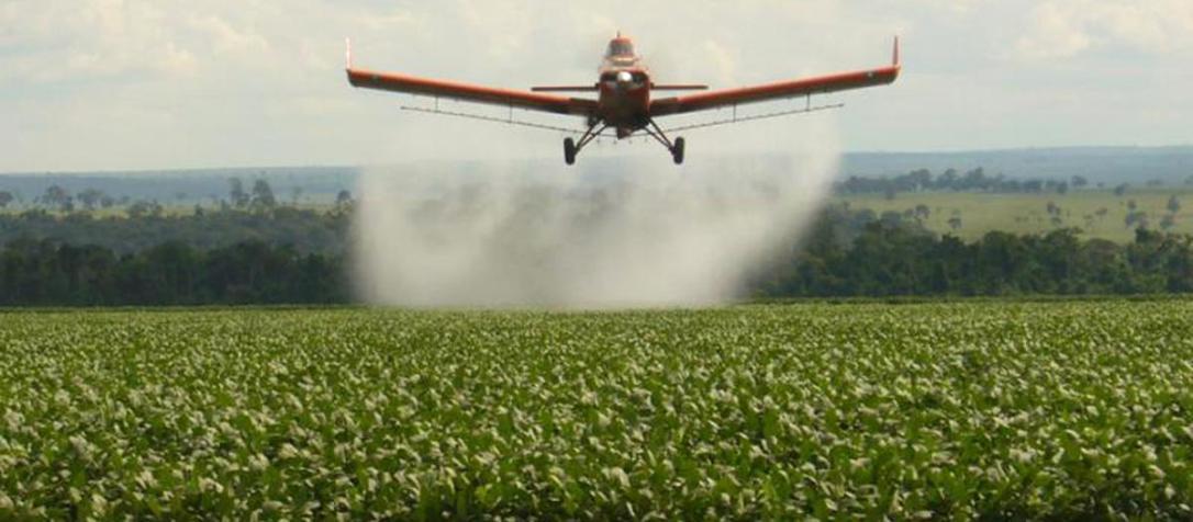 i13547-fumigacion-agroquimicos